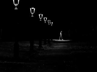 Oscurità e solitudini metropolitane