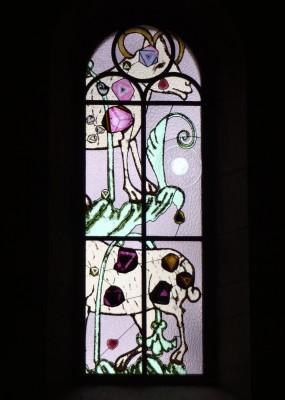 Zurich-Grossmünster-stained-glass-window-by-Sigmar-Polke-Scapegoat